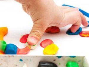 Как убрать пластилин с ковра — это должен знать каждый родитель